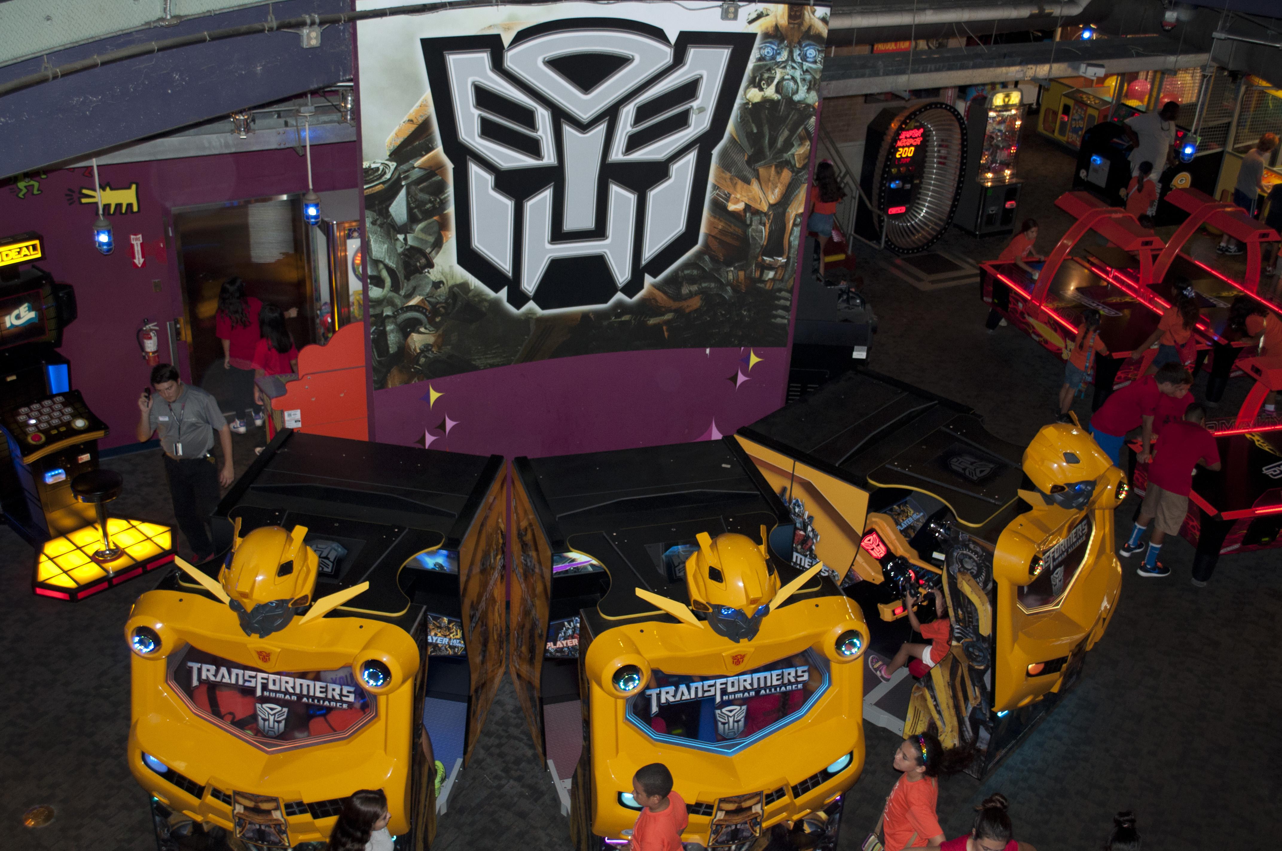 "Transformers: Human Alliance 55"" Theatre Arcade Machine by Sega ..."